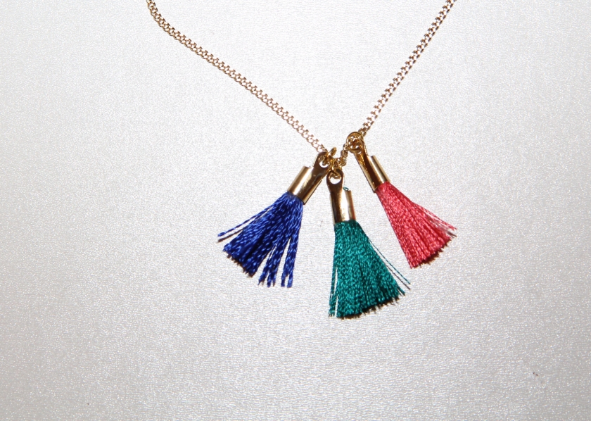 pompons collier